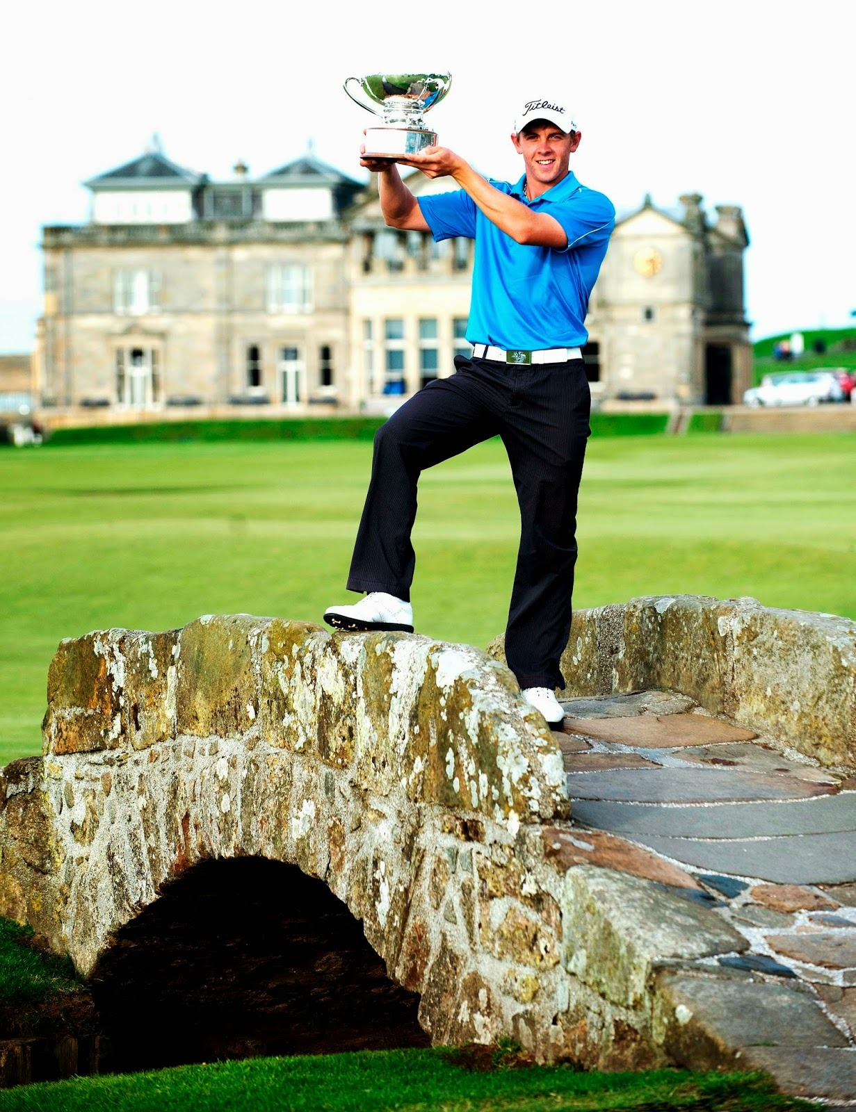 Grant_forrest_with_st_andrews_links_trophy_jun_2014